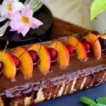 עוגת גבינה בציפוי גנאש שוקולד