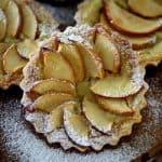 טארטלט פטיסייר תפוח בדבש